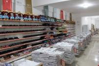 OKUL FORMASI - Niğde'de 2 Bin 500 Öğrenciye Kırtasiye Yardımı