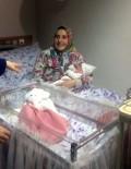 KADIN SAĞLIĞI - Ankara'da 2017'Nin İlk Bebeği 'Hatice Zümra' Oldu