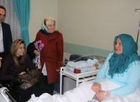 BENNUR KARABURUN - Bursa'da Yeni Yılın İlk Bebeklerine Milletvekili Sürprizi