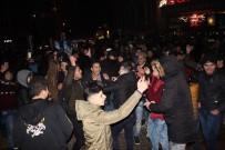 ARBEDE - Eskişehirliler Ve Suriyelilerin Yeni Yıl Coşkusu