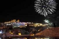 Kapadokya 2017 Yılına Havai Fişek Gösterisi İle Girdi