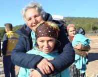 AYVALIK BELEDİYESİ - Şefkatli Ellerden Yoksul Çocuklara Yılbaşı Jesti