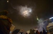 EĞLENCE MERKEZİ - Türkiye Yeni Yıla 'Merhaba' Dedi