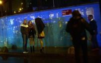 OKMEYDANı - Ünlü Gece Kulübünde Yaralananlar Hastanelere Kaldırıldı