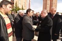 AHMET DURSUN - Vali Çakacak'tan Şehit Polisin Ailesine Ziyaret