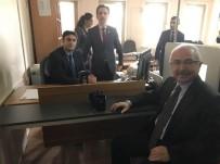 MUSTAFA YAMAN - Vali Yaman Yeni Kimlik Kartı Müracaatını Yaptı