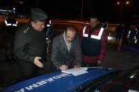 KEMAL YURTNAÇ - Vali Yurtnaç, Emniyet Ve Jandarma Personelinin Yeni Yılını Kutladı