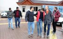HIRSIZLIK BÜRO AMİRLİĞİ - Adıyaman'da 7 İş Yerini Soyan 3 Şahıs Yakalandı