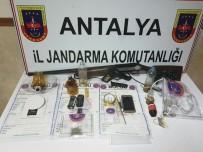 SUÇ ÖRGÜTÜ - Antalya'da Uyuşturucu Operasyonu Açıklaması 11 Gözaltı