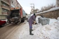 Beyşehir'de Temizlik İşçilerinin Karla İmtihanı