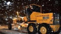 Dilovası'nda Kar Yağışına Yönelik Çalışmalar Sürüyor
