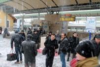 HıZLı TREN - Donan Makas Hızlı Tren Seferini Aksattı