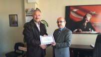 Hisarcık'ta Emekli Öğretmen Ve Personele Hizmet Şeref Belgesi