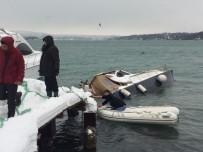 İstanbul'da Yoğun Kar Yağışı Tekne Batırdı