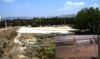 FUTBOL SAHASI - Kepez Belediyesi Dokuma Futbol Sahasını Yeniliyor