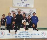 ÇEYREK FİNAL - Manisa'nın Badminton Takımı Turnuvaya Damga Vurdu