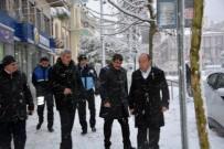 CAN GÜVENLİĞİ - Manisa Şehzadeler'de Karla Mücadele Sürüyor