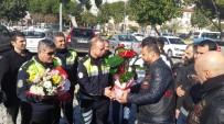 TÜRK POLİS TEŞKİLATI - Motosikletçilerden Trafik Polislerine Anlamlı Ziyaret