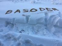 Oltacılar, Kar Altında Kalan Hayvanları Unutmadı