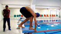 Dünya Üçüncüsü Olan Milli Yüzücü Gözünü Altın Madalyaya Dikti