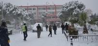 SOMA - Soma Ve Kırkağaç'ta Okullar Yarın Da Tatil Edildi