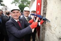 BURSA BÜYÜKŞEHİR BELEDİYESİ - Tarihî Handa Restorasyon Uzadı