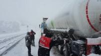 Zincirsiz Tanker Trafiği Kilitledi