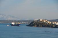 DEMIRLI - Aliağa'da Hacizli Gemi Çapasından Kurtulup Sürüklendi