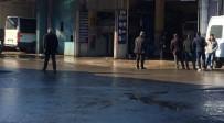 İŞ KAZASI - Arabayı Tamir Eden İşçi, İş Kazasında Yaralandı