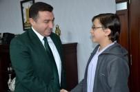 TÜRKİYE BİRİNCİSİ - Başkan Bakıcı Başarılı Öğrencileri Ödüllendirdi