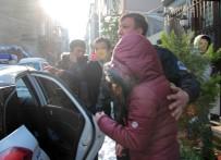 GENÇ KADIN - Beyoğlu'nda Rehine İddiası Polisi Hareket Geçirdi