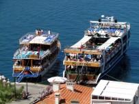 İŞÇİ SAĞLIĞI - Çeşme'de Denizciler Artık Bu Kurslara Gitmek Zorunda
