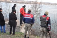 ŞAHIT - Eşi Ve Oğlu Tarafından Öldürülüp Nehre Atıldı