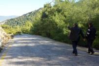 KAYAKÖY - Kayaköy'lüler Yolun Bitmesini Bekliyor