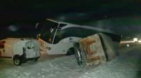 Kırşehir Çıkışında  Kaza; 4 Yaralı