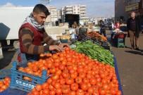 SEMT PAZARLARı - Pazarcı Esnafı Sebze Ve Meyve Fiyatlarının Düşmesini İstiyor