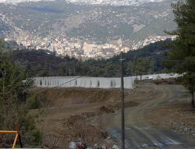 Suriye sınırına 12 kilometre uzunluğunda duvar