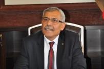 BELEDİYE ÇALIŞANI - Uçhisar Belediyesi Personeline İletişim Ve Uyumlu Çalışma Eğitimi Verilecek