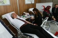 Başkan Kamil Saraçoğlu'ndan 'Kan Bağışı Kampanyası'na Destek