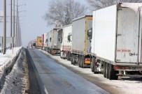 Bulgaristan'daki Kar Kapıkule'yi Vurdu Açıklaması 16 Kilometre Kuyruk