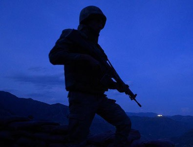 Diyarbakır'da bir terörist etkisiz hale getirildi