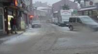 Dursunbey'de Yoğun Kar Yağışı Etkili Oluyor
