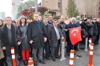 TÜRK BAYRAĞI - İzmir'de Avukatlar Teröre Karşı El Ele