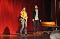 MUSTAFA ALTıNPıNAR - Madde Bağımlılığına Karşı 'Tiyatrolu' Mesaj