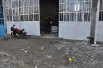 Mobilya Atölyesinde Silahlı Kavga Açıklaması 2 Yaralı