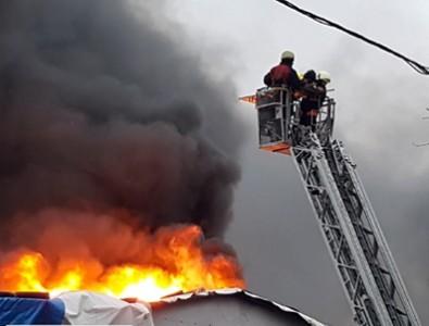 Bahçelievler'de yangın: 2 ölü