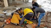 ESKIŞEHIR OSMANGAZI ÜNIVERSITESI - 4 Katlı Binanın Çatısından Düşen Müteahhit Ağır Yaralandı