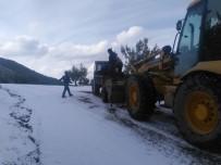 Alaşehir Belediyesi Yol Açma Çalışmalarına Devam Ediyor