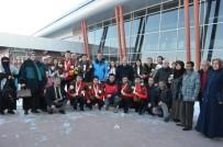 AHMET ÇELEBI - Curling Milli Takımına Coşkulu Karşılama