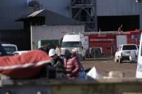 MEHMET ARSLAN - Fabrikada Patlama Açıklaması 1 Ölü, 15 Yaralı